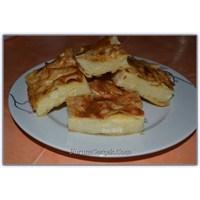 Basakca'nın Mutfağından Geleneksel Bir Börek
