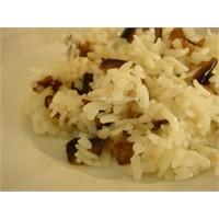 Tavuklu Patlıcanlı Pirinç Pilavı tarifi