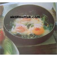 Yumurtalı İspanak..Hem Kahvaltıda Hem Yemekte..