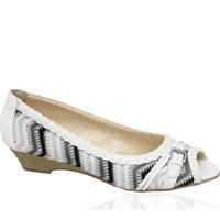 2012 Deichmann Ayakkabı Modelleri: Klasik Moda!