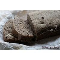 Ekşi Mayalı Cevizli Ekmek