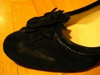 Yıpranmış Süet Ayakkabılar