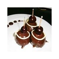 Vişneli Çikolata Topları Tatlısı