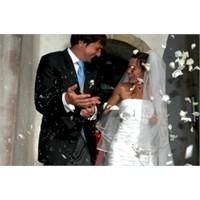Kadınlar Neden Evlenme İhtiyacı Duyar