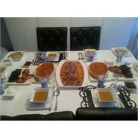 Akşam Yemeği Sofrası 2