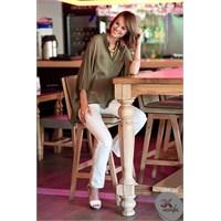 İş Yerinde Giyilebilecek Beyaz Pantolonlar