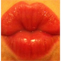 Rimmel 1000 Kisses Lip Tint/dudak Renklendiricisi