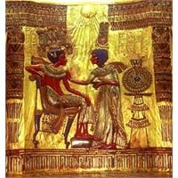 Tutankamon'un Hazineleri Nasıl Bulundu?