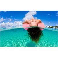 Tok Karınla Yüzmek ' Yaz Reflüsü'ne Yol Açıyor