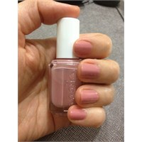 "Essie ""Eternal Optimist"".."