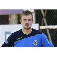 F.Bahçe Kalecisi De Manisaspor'a Gol Atmış
