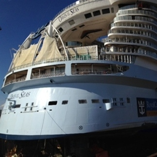 Cruiseschip Oasis of the Seas klaar voor vertrek