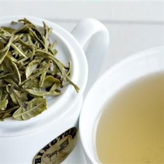 Vijf gezonde redenen om witte thee te drinken