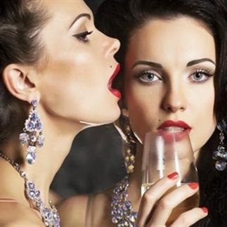 Top 11 dronken gesprekken die vrouwen voeren