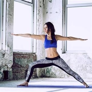Dit zijn de yoga poses voor hardlopers