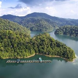 Drijvend tentenkamp in Thailand: luxe en eco