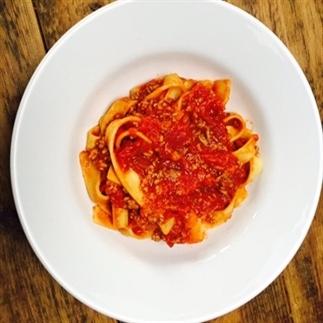 Snelle en frisse pasta bolognaise