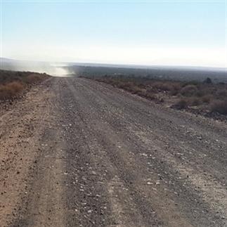 De weg die banden eet!