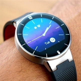 Gadget review: Alcatel OneTouch Watch