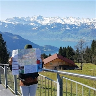 6 manieren om minder op een toerist te lijken