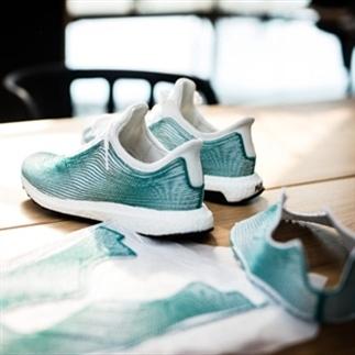 Adidas maakt sneakers van gerecycled plastic