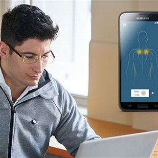 Non-stop massages met deze gadget-hoodie