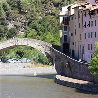 Dolceacqua in Italië