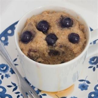 Gezonde ontbijt mug-cake zonder ei