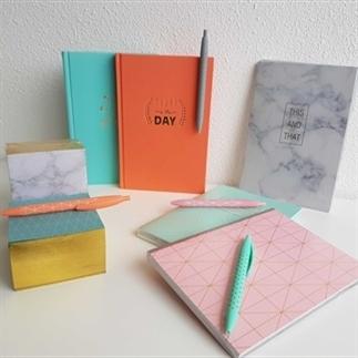 TIP | Action notitieboekjes en bureau accessoires