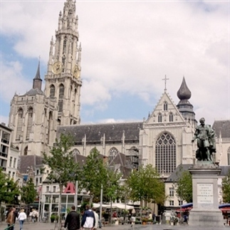 24 uur in... Antwerpen