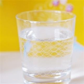 De zin en onzin van water drinken!