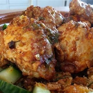Kip uit het Midden Oosten met couscous