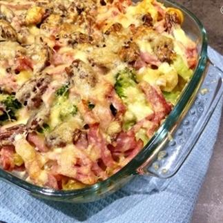 Broccoli Tortellini schotel met pecannoten