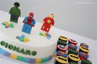 Lego Avengers Taart met Cupcakes voor Giomaro
