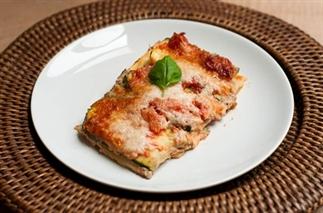 Vegetarische courgette lasagne