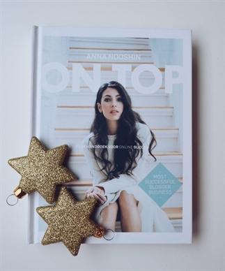 Cadeautip: On Top Anna Nooshin   Boek review
