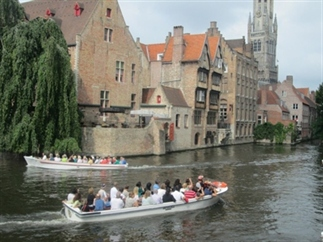 Bijna Valentijn.. Vier de liefde in Brugge!
