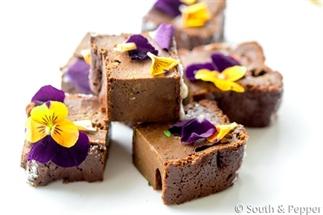 Gezonde courgette brownie