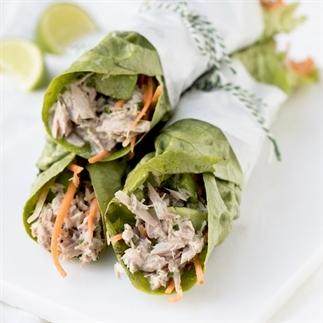 Makkelijke lunch – Sla wrap met tonijn (video)