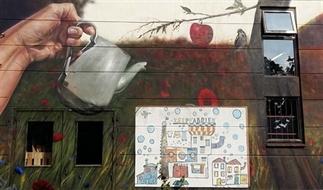 Street Art in Nijmegen, volg Fred de Imker