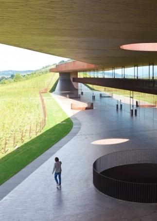 Wijn meets design in Toscane bij wijnhuis Antinori