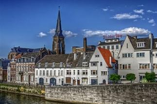 24 uur in... Maastricht