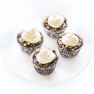 Drie chocolade cupcakes