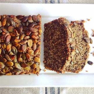 glutenvrij brood met quinoa, chia en pompoenpitten