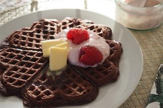 ONTBIJT: gezonde red velvet wafels voor valentijn