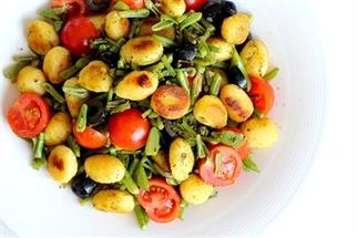 Recept: Gnocchi met pesto en snijbonen