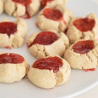 Thumbprint koekjes met jam