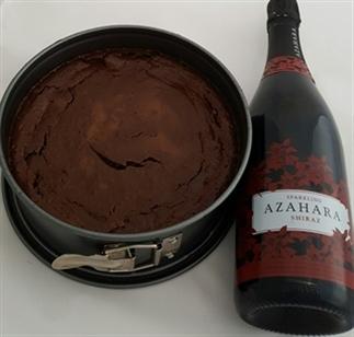 Bijzonder! Rode bubbels en chocolade cheesecake!