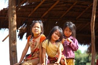 Een Clusterbom voor een Kom Rijst - Laos