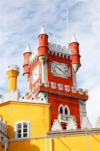 Kunst of kitsch: Palacio da Pena in Portugal